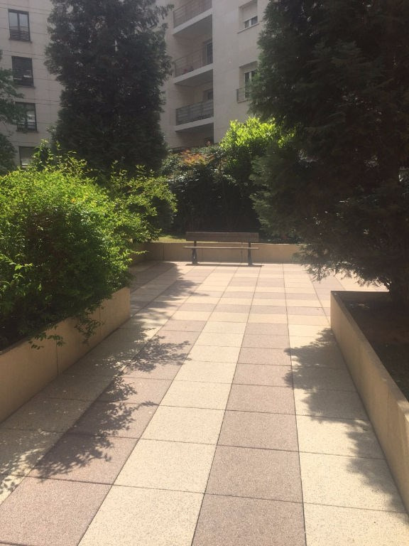 Location appartement Levallois perret 1165€ CC - Photo 1