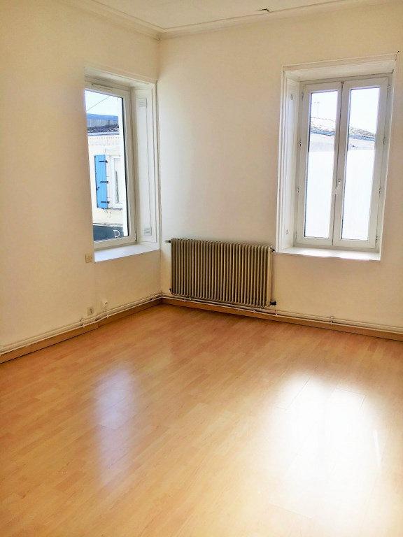 Sale building Dompierre sur mer 296800€ - Picture 4