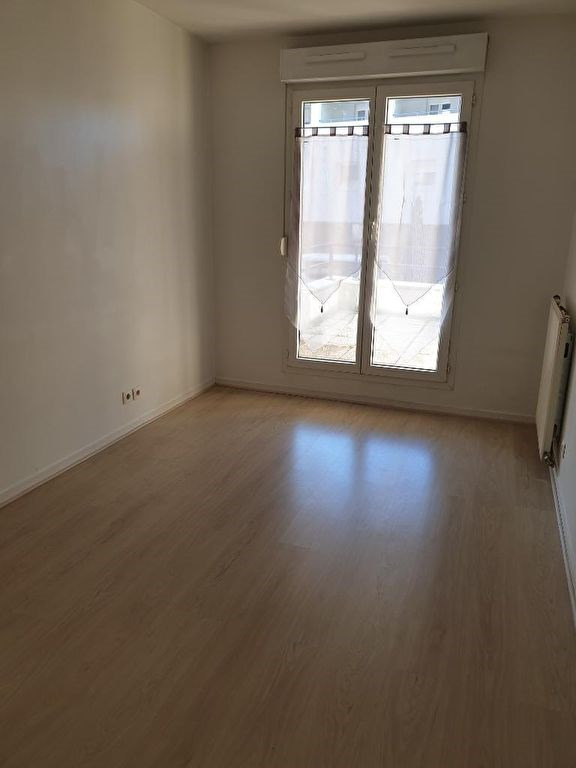 Alquiler  apartamento St michel sur orge 1140€ CC - Fotografía 3