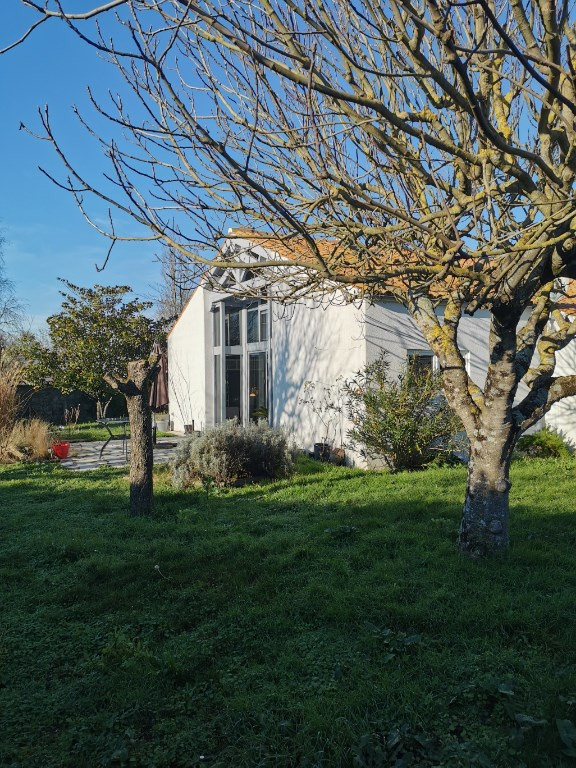 Sale house / villa Sainte soulle 437 500€ - Picture 3