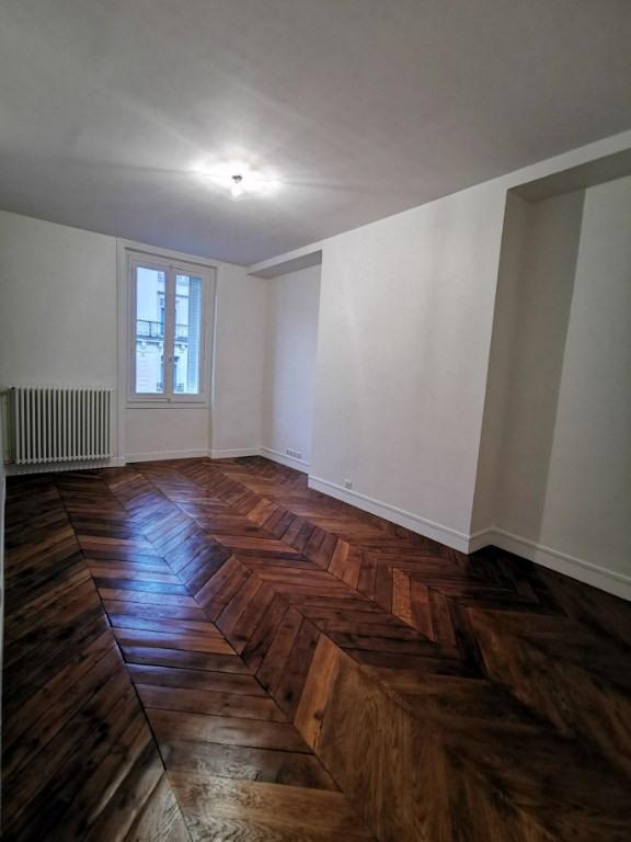 Location appartement Paris 8ème 3377€ CC - Photo 2
