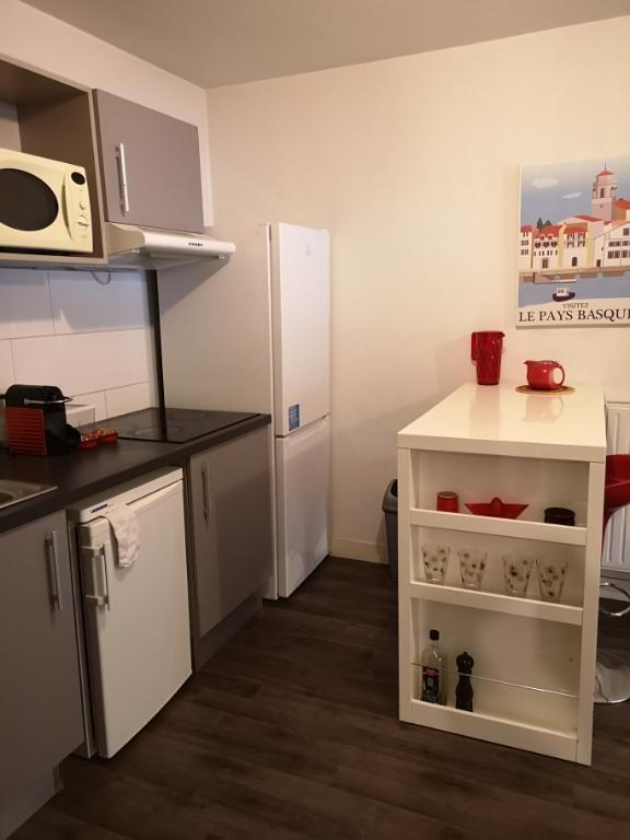 Sale apartment Pessac 219000€ - Picture 6