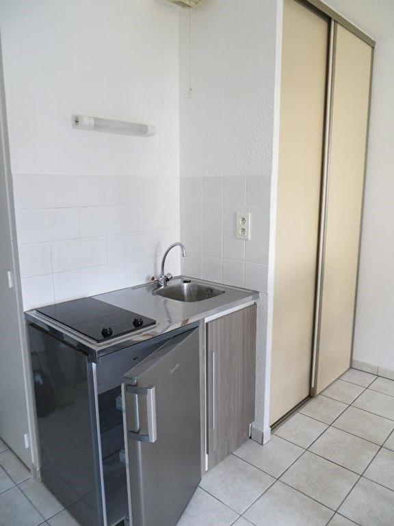 Rental apartment Clermont ferrand 390€ CC - Picture 2