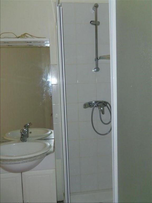 Location appartement Royat 280€ CC - Photo 4