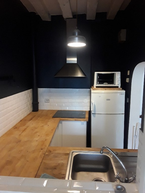 Location appartement Paris 10ème 1 850€ CC - Photo 4