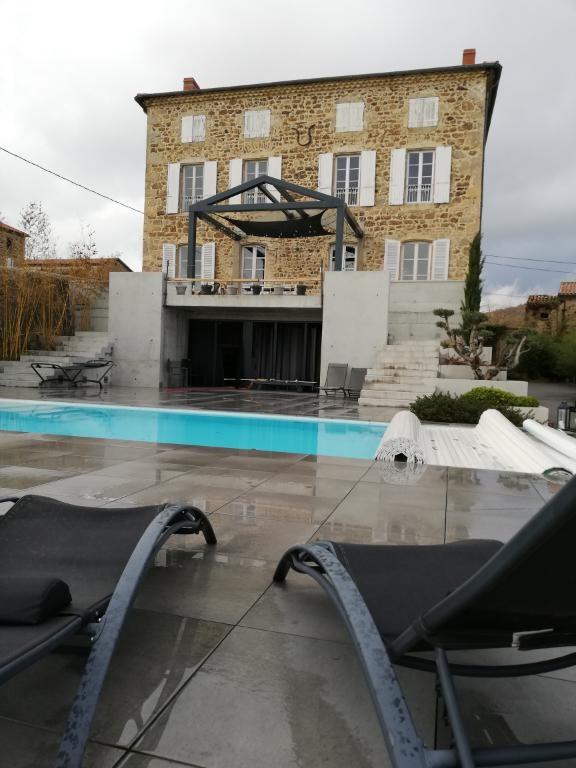 Deluxe sale house / villa Savas 650000€ - Picture 1