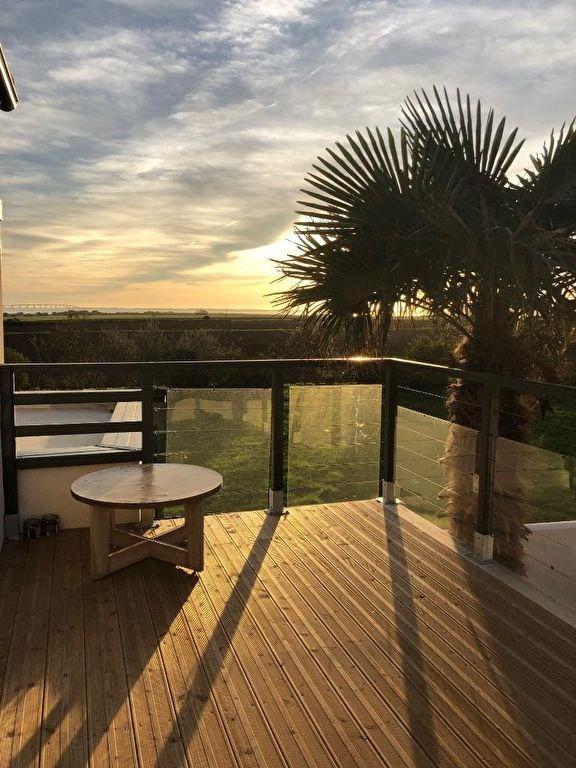 Deluxe sale house / villa Lauzieres 780000€ - Picture 1