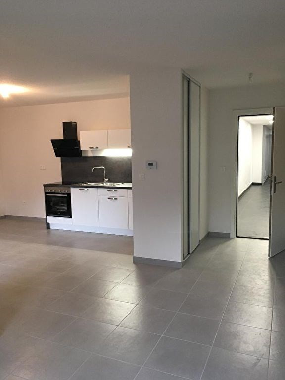 Rental apartment Wissembourg 618€ CC - Picture 3