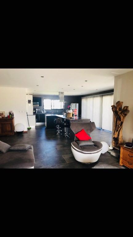 Rental house / villa Le tampon 2450€ CC - Picture 3