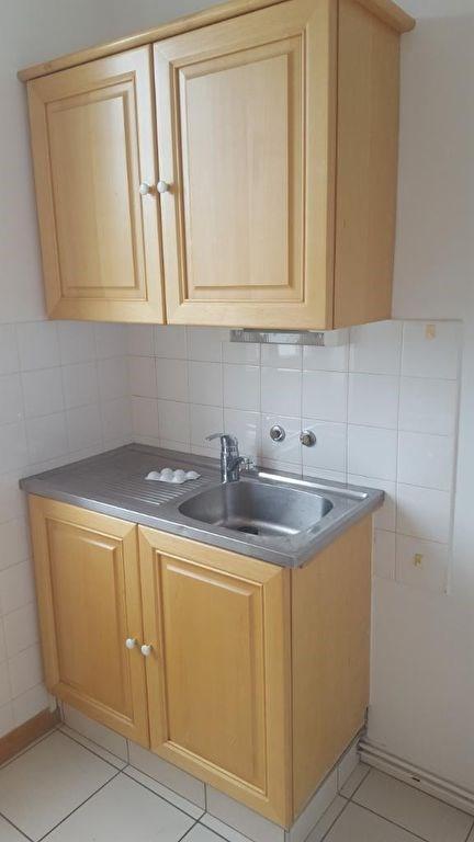 Location appartement Quimperle 455€ CC - Photo 4