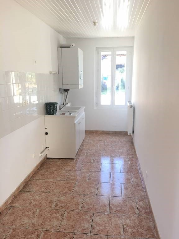 Rental house / villa Galgon 646€ CC - Picture 4