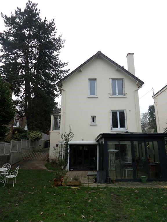 Maison La Celle Saint Cloud 6 pièce(s) 120 m2