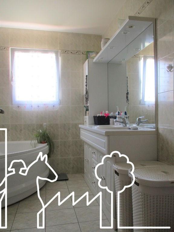 Vente maison / villa Nesmy 242500€ - Photo 9