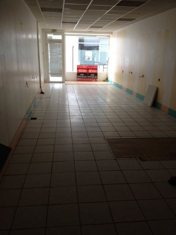 Location local commercial Aire sur l adour 1 200€ CC - Photo 2