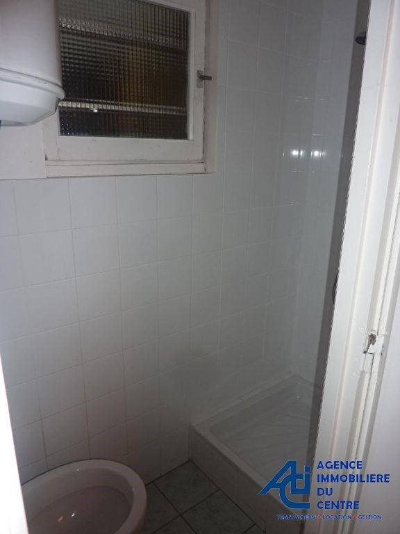 Rental empty room/storage Pontivy 254€ +CH - Picture 2