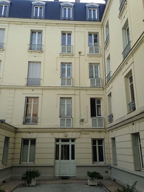 Rental apartment St germain en laye 966€ CC - Picture 4