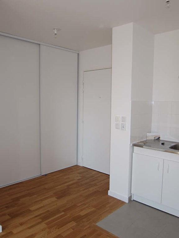 Rental apartment Chatou 795€ CC - Picture 2