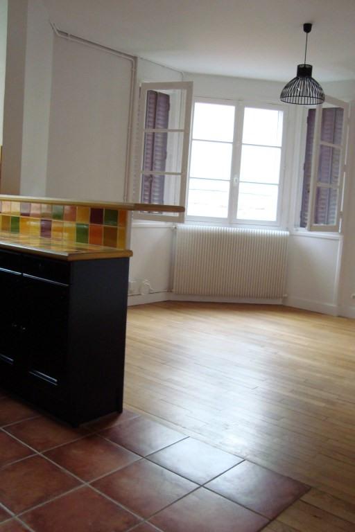 Alquiler  apartamento Marly le roi 960€ +CH - Fotografía 4
