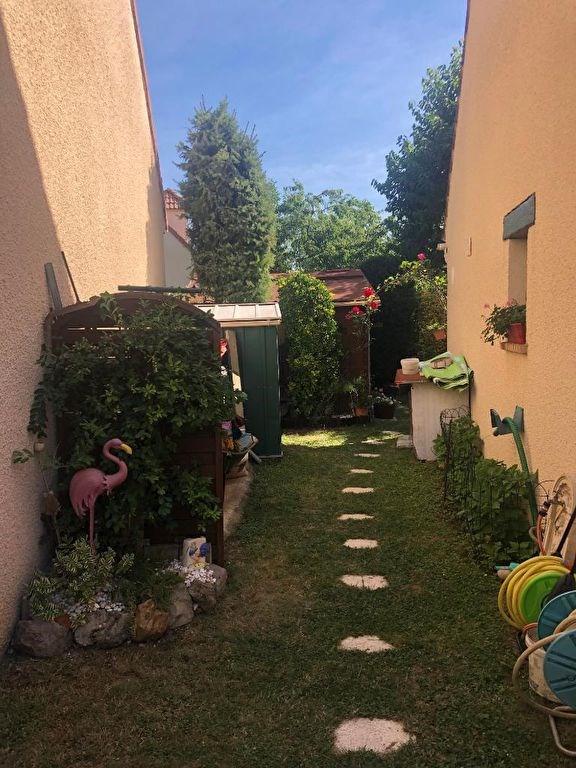 Sale house / villa Villeneuve saint georges 335000€ - Picture 11