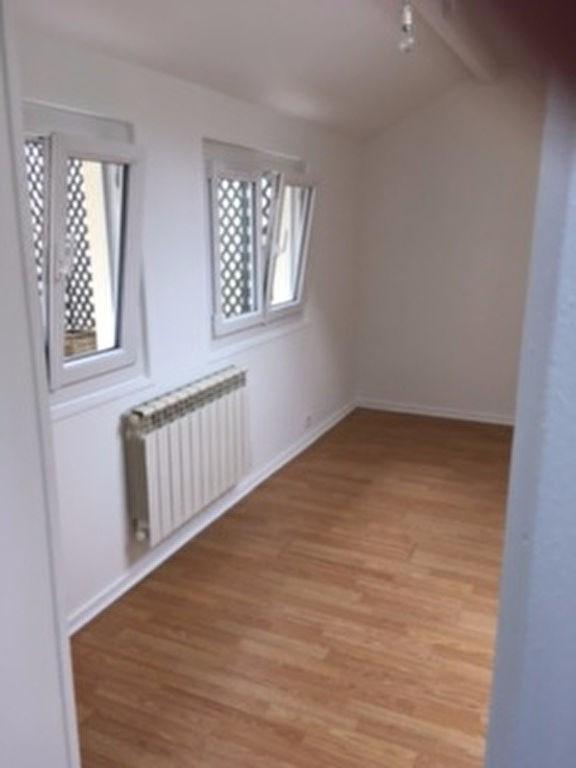 Rental apartment Chatou 875€ CC - Picture 1