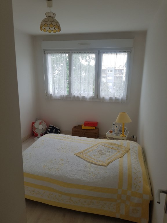 Sale apartment Laval 70 200€ - Picture 3