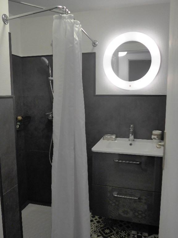 Revenda apartamento Le palais 112850€ - Fotografia 5