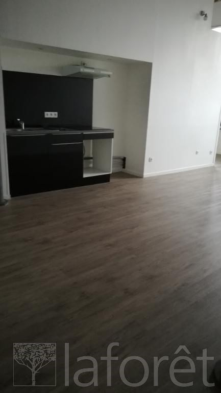 Location appartement Tourcoing 670€ CC - Photo 2