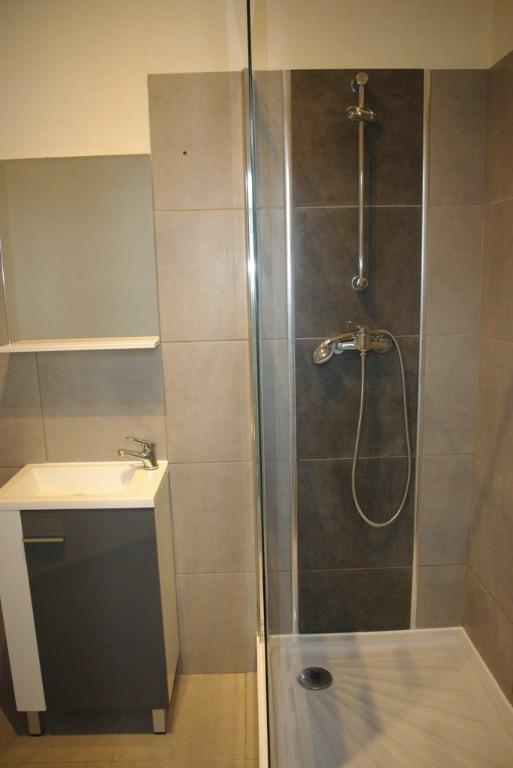 Sale apartment Quimper 65705€ - Picture 5