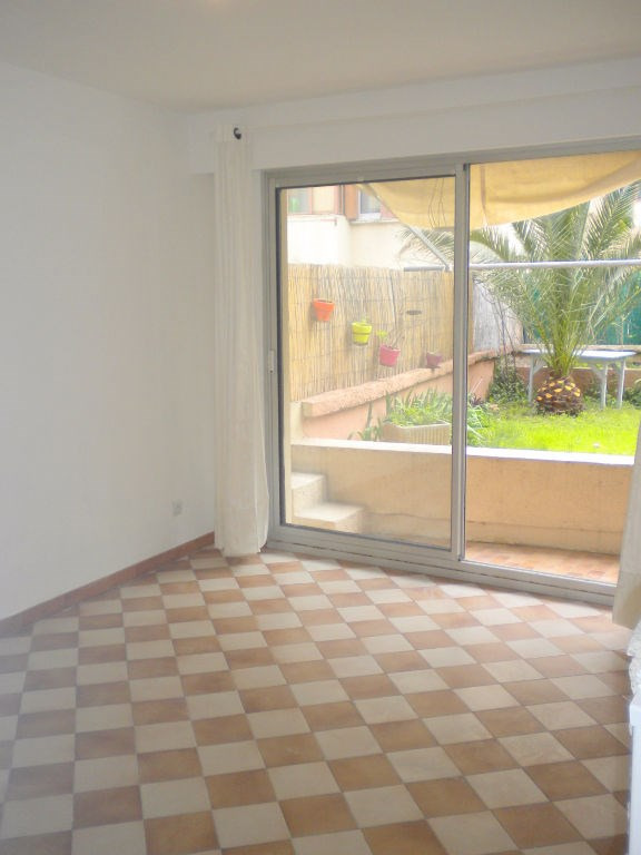 Vente appartement Nice 118 000€ - Photo 1