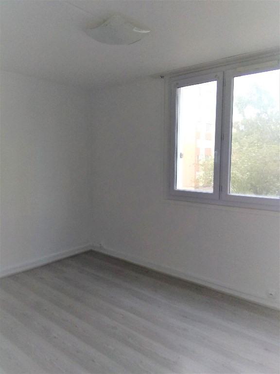 Sale apartment Rouen 83000€ - Picture 2