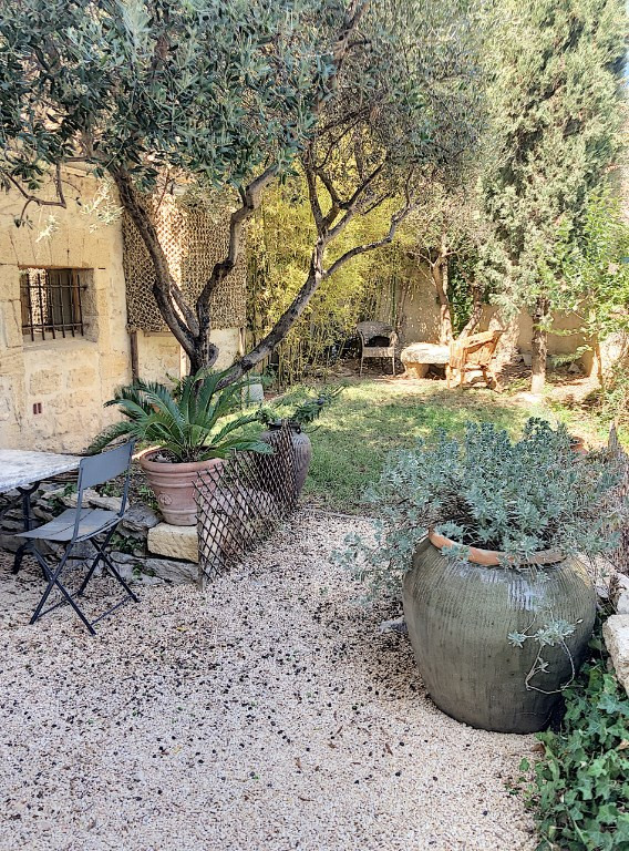Sale house / villa Avignon 446 000€ - Picture 1