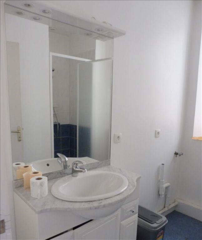 Location appartement Beaupreau 315€ CC - Photo 4