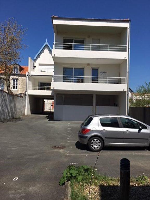 Sale apartment Chatelaillon plage 378000€ - Picture 1