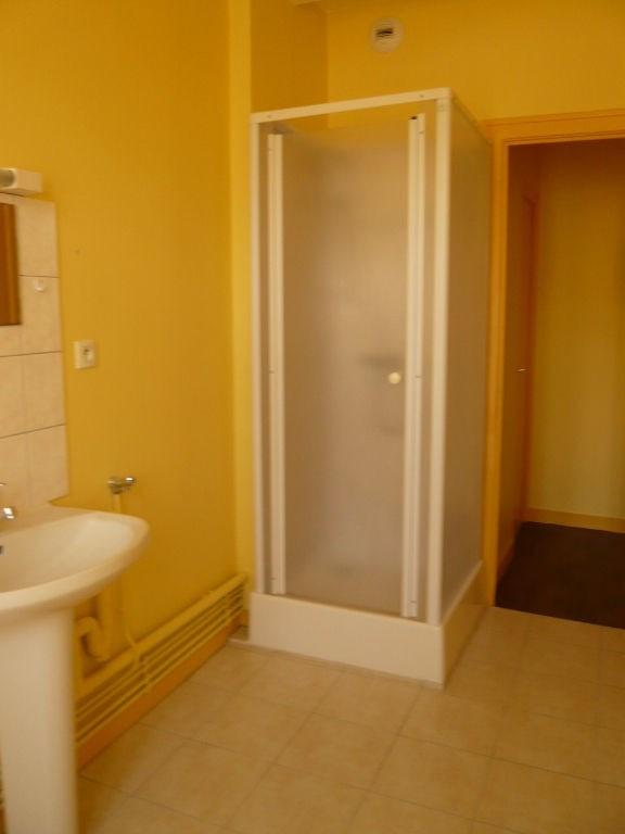 Location appartement Laval 388€ CC - Photo 4