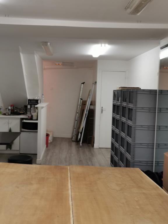 Commercial lease transfer shop Paris 11ème 36000€ - Picture 4
