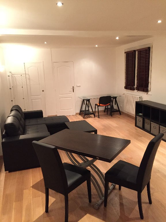 Location appartement Montmorency 910€ CC - Photo 1