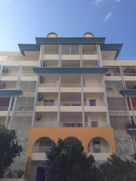 Revenda apartamento Ste clotilde 140000€ - Fotografia 5