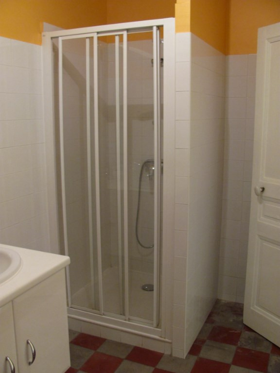 Rental apartment Nyons 664€ +CH - Picture 12