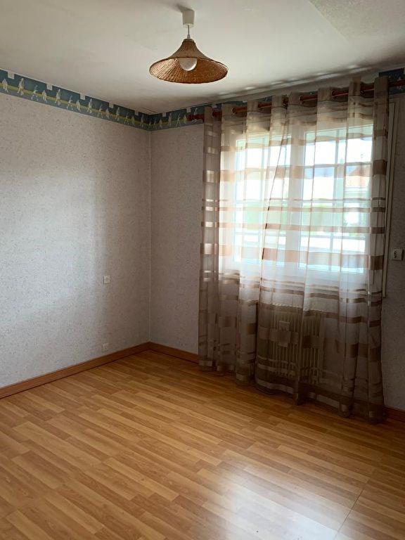 Sale house / villa Montrevault 132900€ - Picture 4