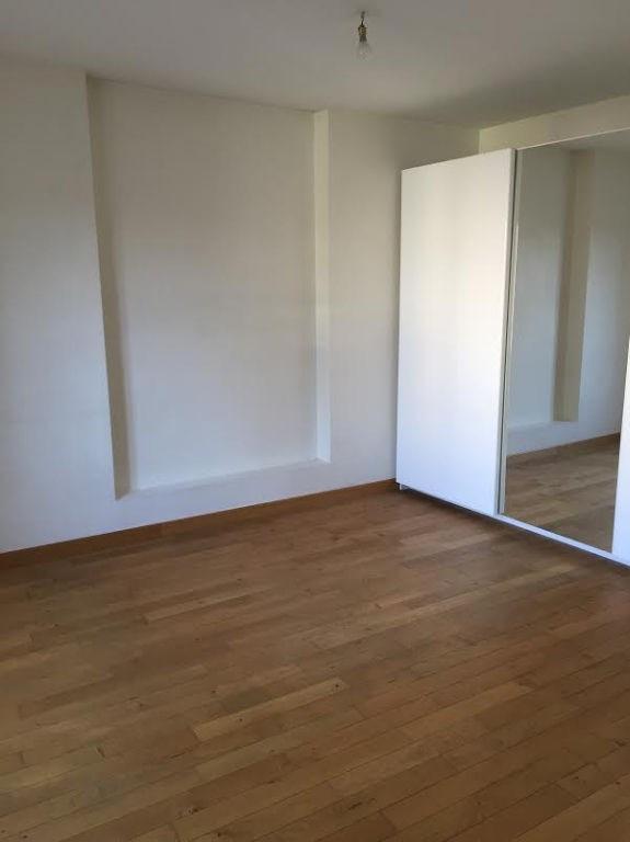 Rental apartment Issy les moulineaux 1274€ CC - Picture 2