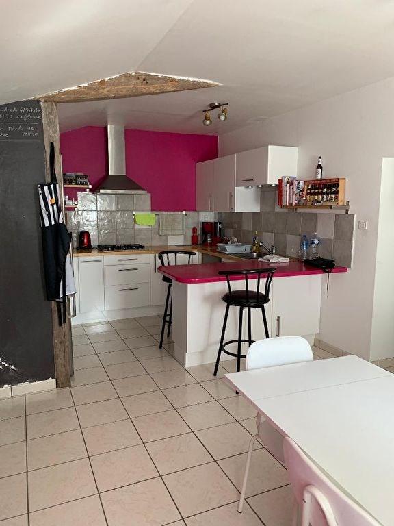 Sale house / villa Le fief sauvin 100900€ - Picture 3