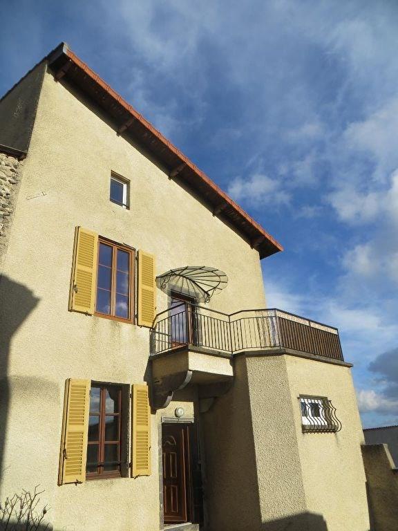 Location maison / villa Veyre monton 780€ CC - Photo 1