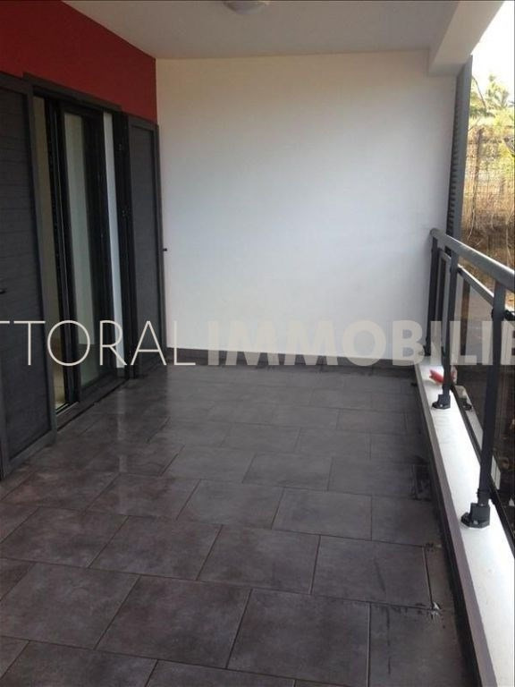 Location appartement Saint gilles les hauts 819€ CC - Photo 3