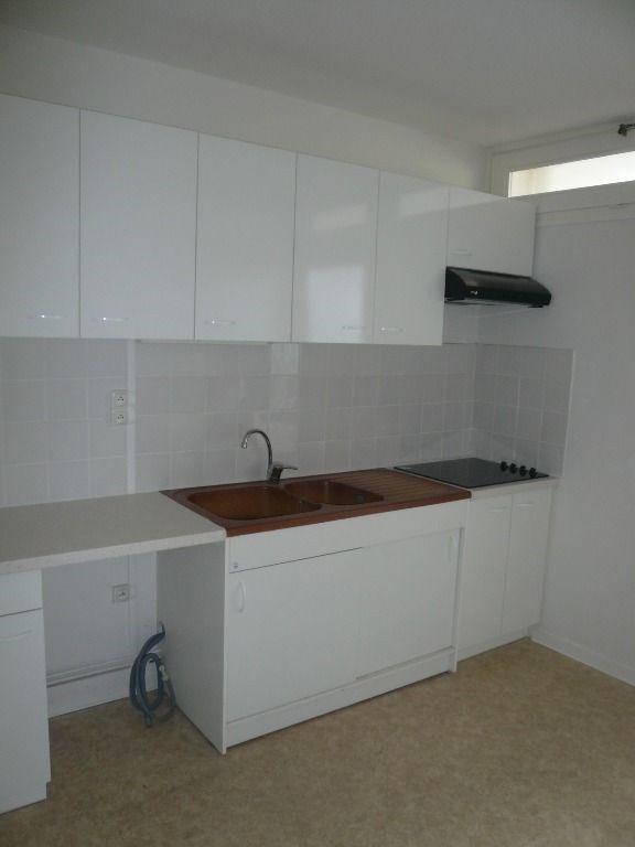 Verhuren  appartement Biscarrosse 560€ CC - Foto 3