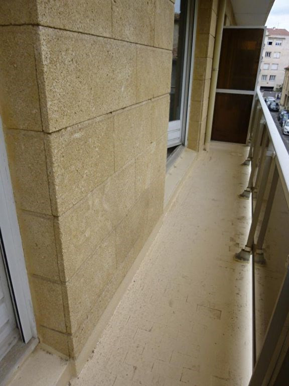 Sale apartment Nimes 129000€ - Picture 3