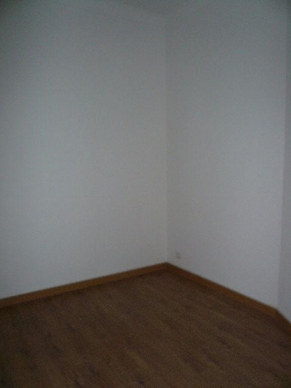 Rental apartment Nice 730€ CC - Picture 3
