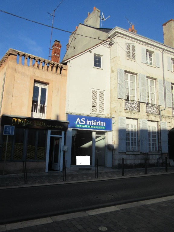 Sale building Montargis 159 000€ - Picture 2