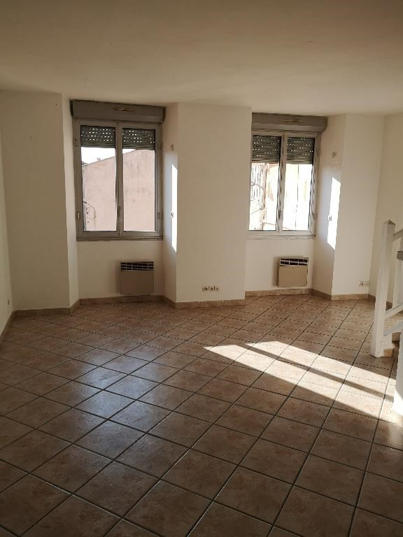 Location appartement Pignans 560€ CC - Photo 1