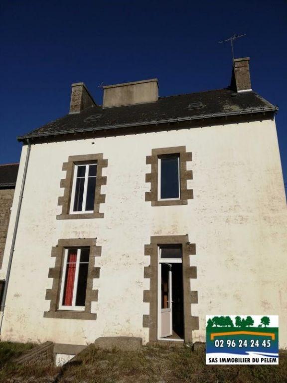 Sale house / villa Cleguerec 74300€ - Picture 1