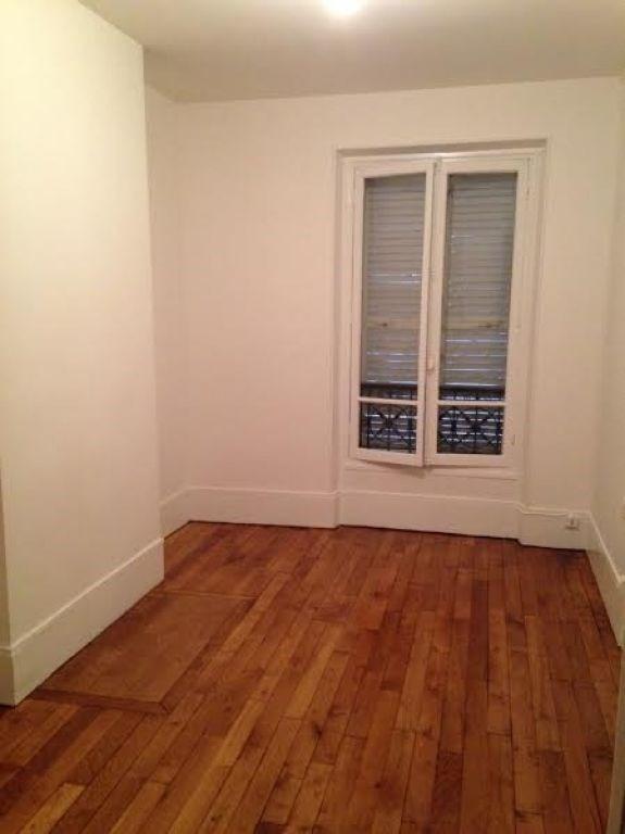 Rental apartment Levallois perret 1073€ CC - Picture 4